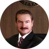 Personal Injury Lawyer Roberto Salazar